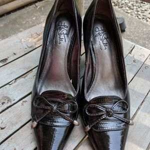 Life Stride Black Faux Leather Heels Size 7.5M EUC